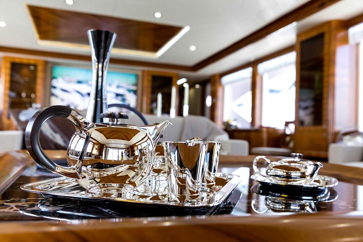 Aquaria UAE-based luxury outfitter