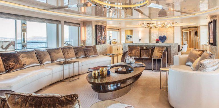 Stylish stunning interior designed by Negoescu.