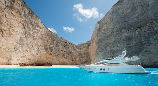 Ideal to cruise the extraordinary Ionian islands.