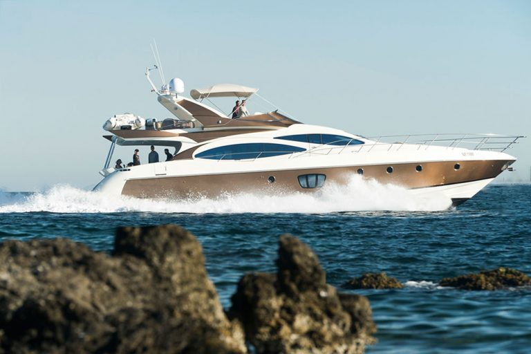 Azimut 68S awarded model.