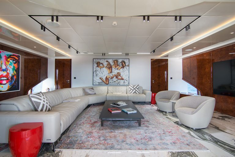 Stylish stunning interior totally refurbished.