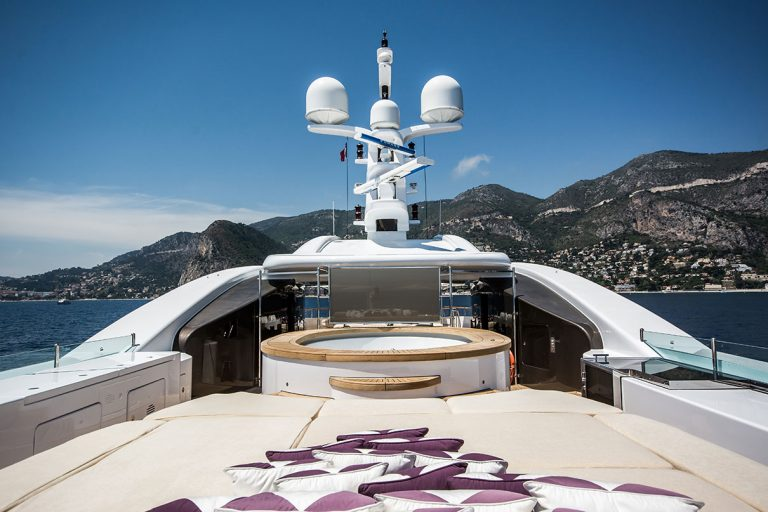 One of the largest Jacuzzi pools of any yacht in this size category and a cinema screen to watch from your pool. At night the ideal entertainment area.