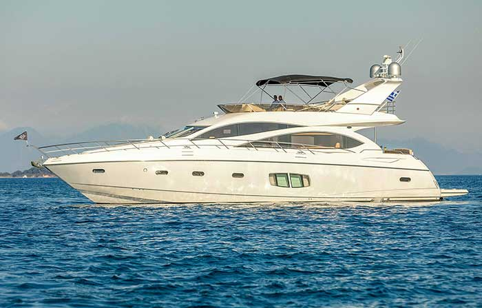 Successful fast-planning Sunseeker.