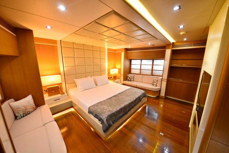 Spacious cabins for 10 guests.